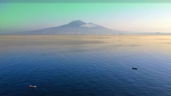 Calm sea 5K wallpaper
