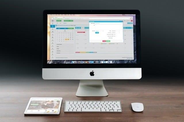 apple-imac-ipad-workplace-38568