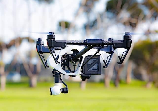 drone-1934077_640