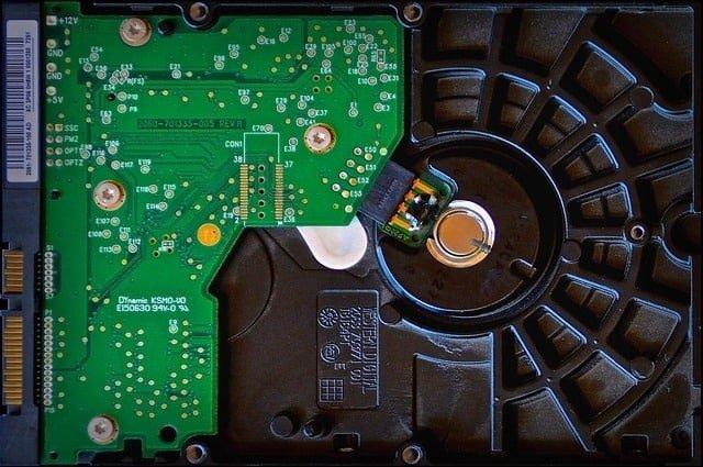 hard-drive-1705306_640
