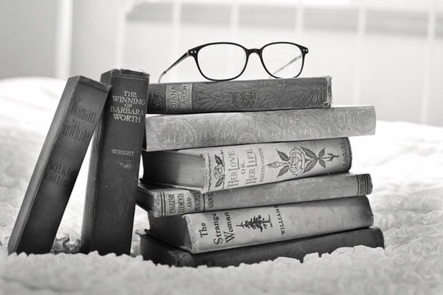 stack-of-books-vintage-books-book-books